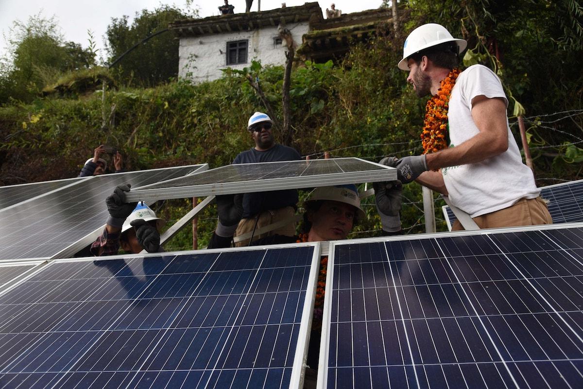 Volunteer and Trip in Nepal with BeyulTreks